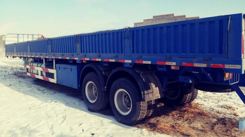 Бортовой полуприцеп-контейнеровоз CIMC 40т 2 оси.